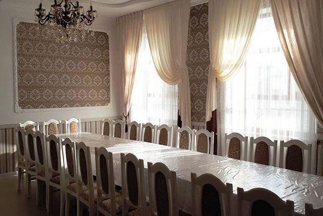 Фото моста в москве с рестораном лук